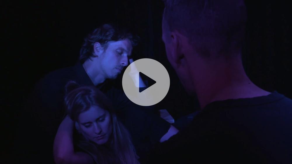 Puck en Julia trailer - Funktioneel Naakt